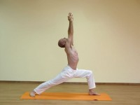 Yoga asana: 033-Virabhadrasana A