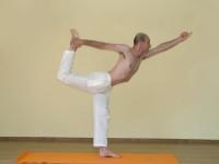 Yoga asana: 067-Natarajasana